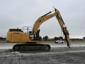 Earth Moving Equipment for Airports